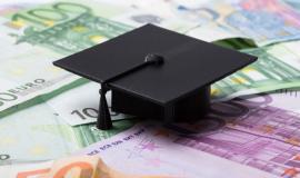 16 Stipendien für Universitätsstudent/innen